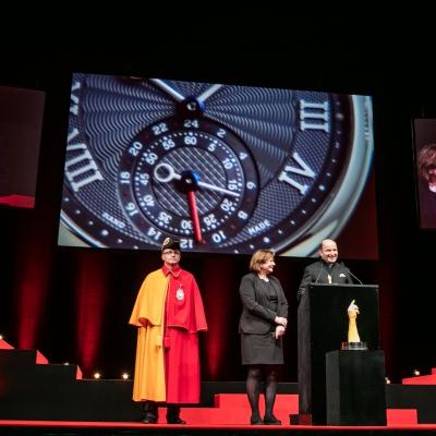 Kari Voutilainen (Founder of Voutilainen, winner of the Men's Watch Prize 2015), with Esther Alder (Mayor of the City of Geneva)