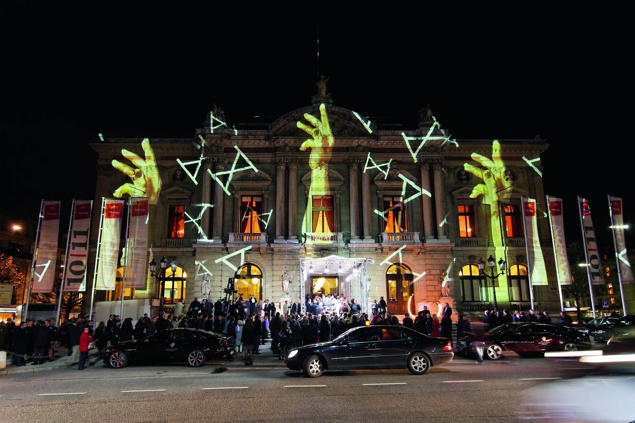 The Grand Théâtre de Genève lit up by Gerry Hofstetter