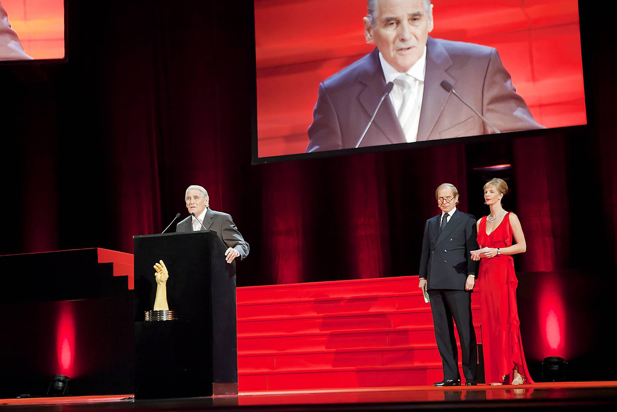 Carlo Lamprecht, President of GPHG and former Geneva State councillor, Simon de Pury and Natacha Wenger, co-hosts of the 2011 GPHG