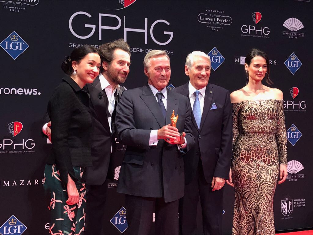 "Carine Maillard (Director of the GPHG Foundation), Edouard Baer (MC), Karl-Friedrich Scheufele (Co-President of Chopard, winner of the ""Aiguille d'Or"" Grand Prix 2017 and the Jewellery Watch Prize 2017), Carlo Lamprecht (President of the GPHG Foundation) and Lauriane Gilliéron (MC)"