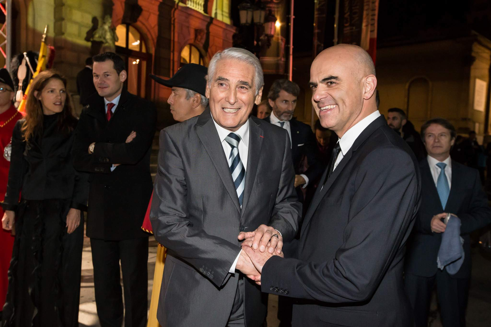 Carlo Lamprecht (President of the Foundation of the GPHG) and Alain Berset (Federal Councillor) at the prize-giving ceremony of the GPHG 2015