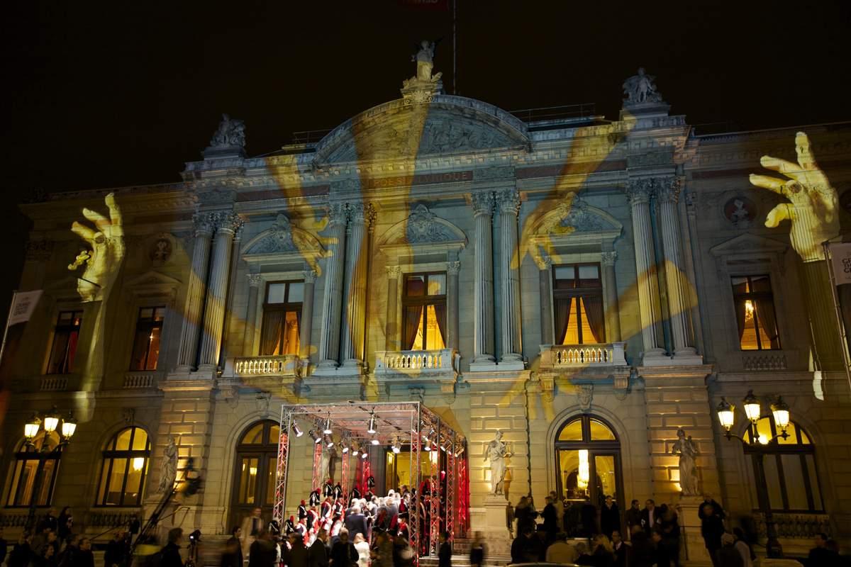 Le Grand Théâtre de Genève illuminé par Gerry Hofstetter lors de la cérémonie du GPHG 2013