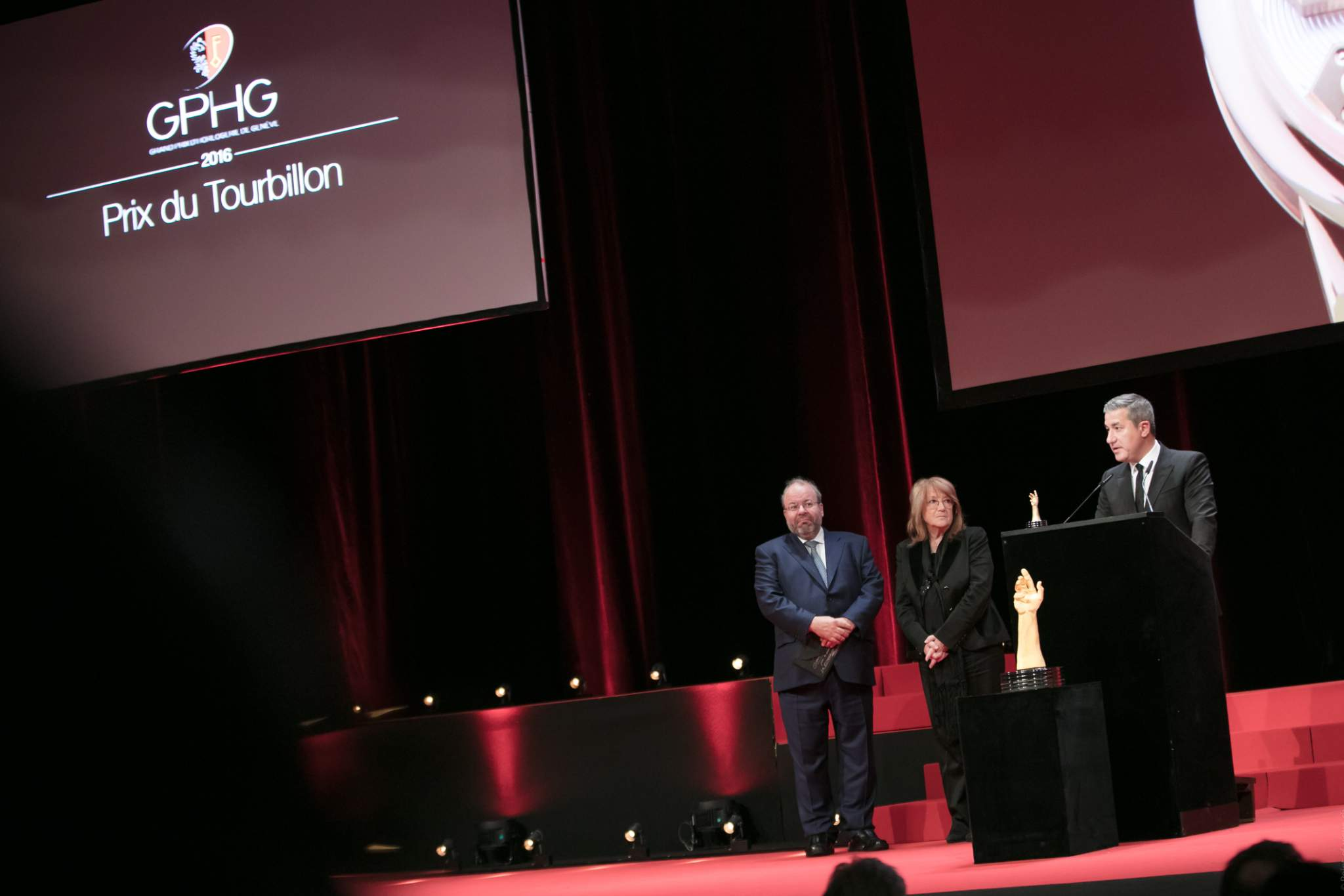 René Beyer et Paola Pujia (jury members) et Antonio Calce (CEO of Girard-Perregaux, winner of the Tourbillon Watch Prize 2016 and the Mechanical Exception Watch Prize 2016)