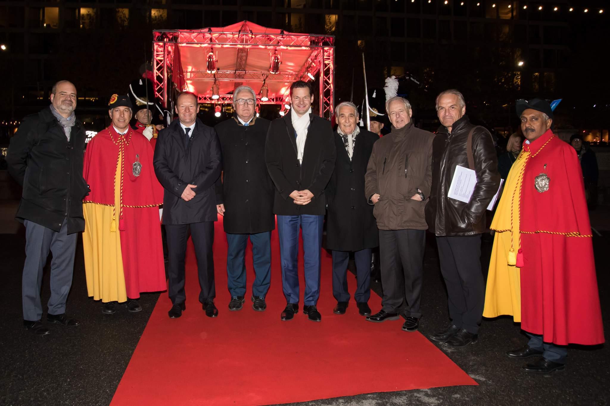 Sami Kanaan (Administrativ Councillor), Serge Dal Busco, Luc Barthassat and Pierre Maudet (State Councillors), Carlo Lamprecht (President of the GPHG Foundation), Prince Philipp von und zu Liechtenstein (Chairman of LGT), Rémy Pagani (Mayor of the City of Geneva)