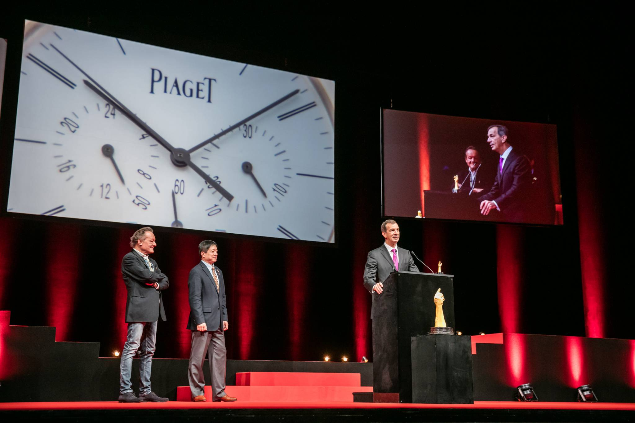 Philippe Léopold-Metzger (CEO of Piaget, winner of the Chronograph Watch Prize 2015 and the Revival Watch Prize 2015), with Philippe Maillard and Zhixiang Ding (jury members)